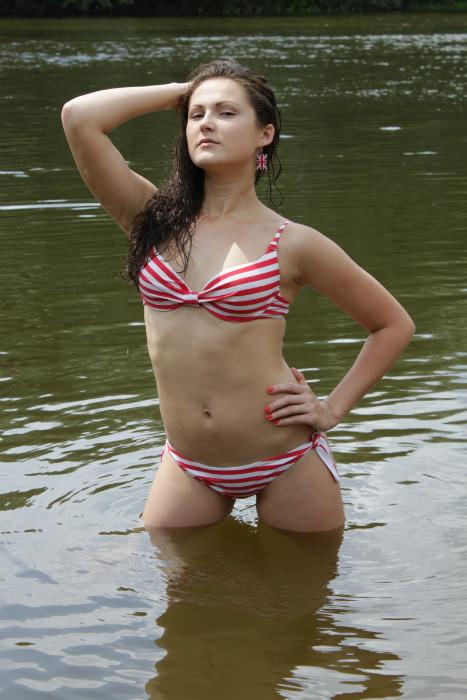 kazahsha-bryanskie-devki-porno-zastavil-sosat-foto