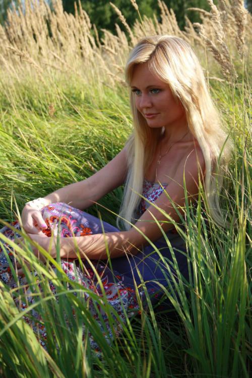 foto-golih-trahayushihsya-blondinok