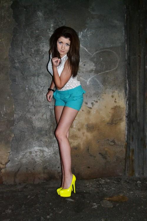 Порно с девушкой из южно сахалинска